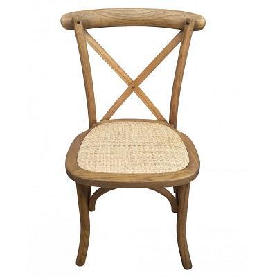Chaise en bois dos croise a la location